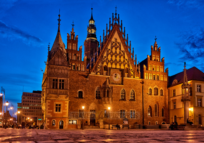night shot of historical City hall Wroclaw
