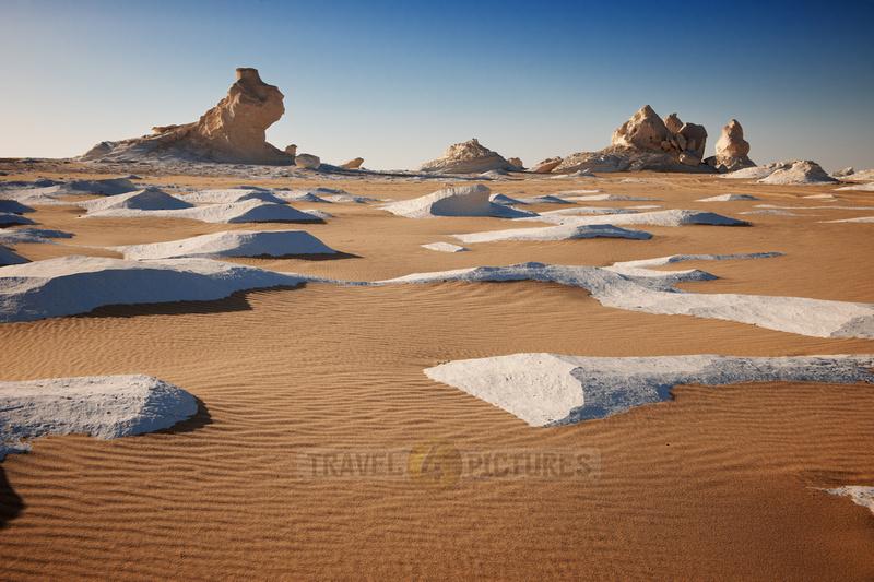 white desert near Oasis Farafra