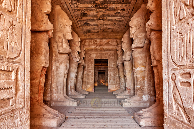 monumental statuesin Great Temple of Ramesses II