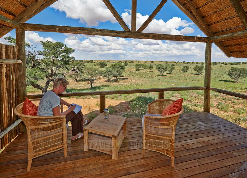 Blick von einer Terrasse der Rooiputs Lodge |view from terrace of Rooiputs Lodge|