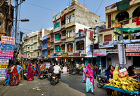 colorful streetlife of Udaipur
