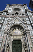Marble facade of the famous Santa Maria del Fiore church