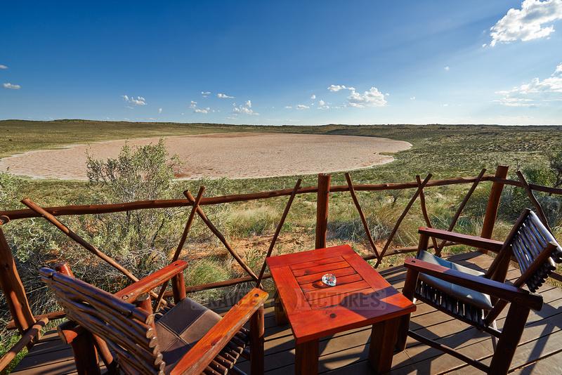 Blick von einer Terrasse der Xaus Lodge |view from terrace of Xaus Lodge|