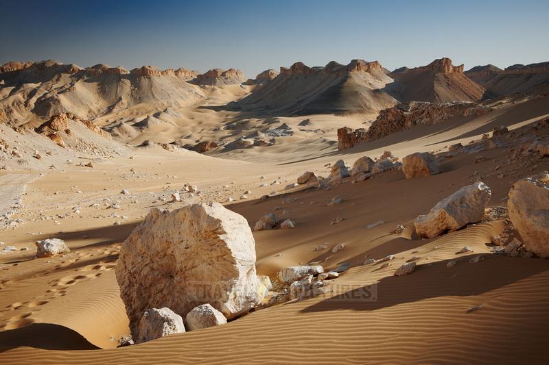 desert landscape with mountains at old caravan road