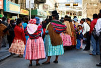 demonstrating women, La Paz