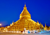 NIGHT SHOT GOLDEN SHWEZIGON PAGODA