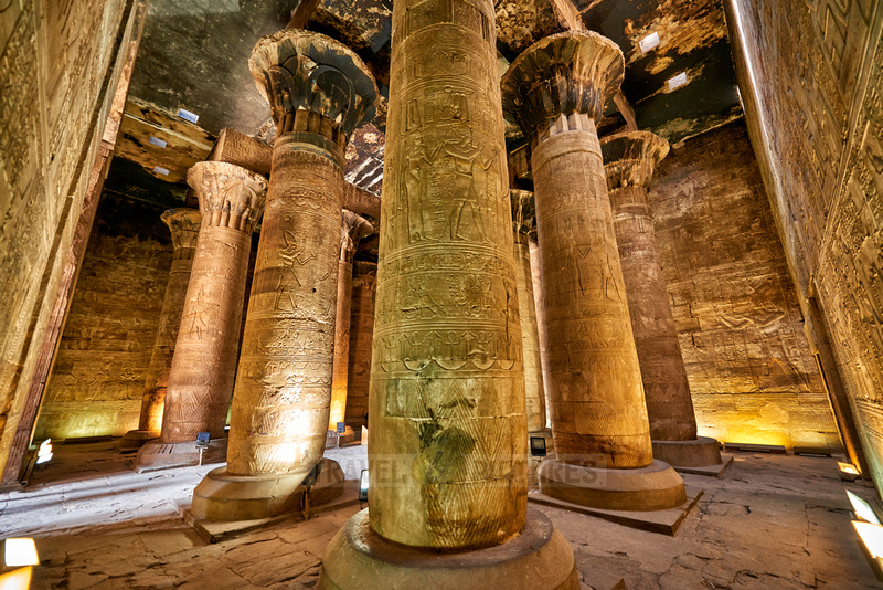 columns of second Hypostyle or festival hall