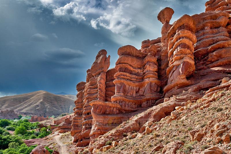 monkey fingers, spectacular rock landscape