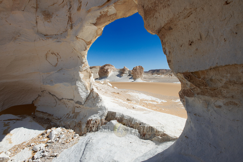 white desert at el Agabat